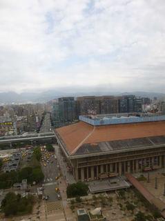 台北駅前.jpg